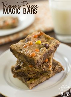 unusual dessert recipes, african dessert recipes, almond dessert recipes - Reeses Piece's Magic Bars - for that great peanut butter and chocolate and magic bar taste all combined into one delicious to die for dessert bar! Peanut Butter Desserts, Cookie Desserts, Just Desserts, Cookie Recipes, Delicious Desserts, Dessert Recipes, Yummy Food, Bar Recipes, Fun Food