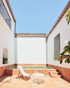 Rural house recovers Extremadura's rich craft tradition - Domus Patio Interior, Interior Design, Interior Exterior, Load Bearing Wall, Two Storey House, Rural House, Vernacular Architecture, Small Pools, Swimming Pools