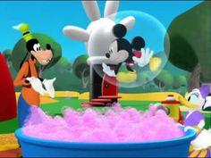 El Baño de Burbujas de Pluto-La Casa de Mickey Mouse