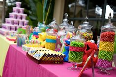 Sesame Street Candy Bar...thinkin' this NEEDS to be one of the grandbabies bday parties...ASAP!