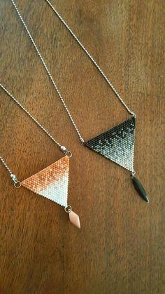 sautoir en tissage de perles Miyuki en dégradé de couleurs sur chaînette billes acier chirurgical #tissagemiyuki #degrade #faitmain #meliebijoux #acierchirurgical