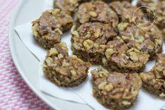 KOSSUTH KIFLI – edesiteszde.hu Muffin, Cookies, Chocolate, Breakfast, Food, Crack Crackers, Morning Coffee, Biscuits, Essen