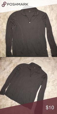 GAP body women's shirt size medium Workout top from GapBody women's size medium GAP Tops Tees - Long Sleeve