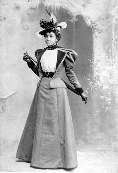 Victorian Era Fashion, 1890s Fashion, Victorian Women, Vintage Fashion, Victorian Clothing Women, Steampunk Fashion, Gothic Fashion, Fashion Fashion, Victorian Outfits