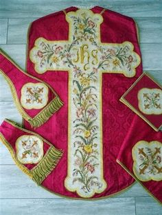 ANTIQUE FRENCH PINK SET 5 CHASUBLE EMBROIDERY 19TH-CENTURY STOLE PETITPOINT
