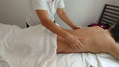 Massage Tips, Massage Benefits, Good Massage, Massage Room, Spa Massage, Massage Therapy, Partner Massage, Getting A Massage, Technique Massage