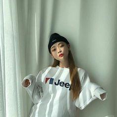 HYUN BIN Kim Bo Bae, Korean Girl, Asian Girl, Hyun Bin, Fine Men, Ulzzang Girl, Girlfriends, Korean Fashion, Beautiful People