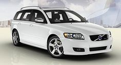 Volvo V50 with silver roof rails