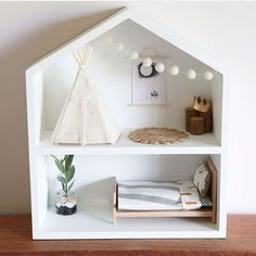 Note the on the bed in the dolls house. You can get your life size versions at Father Rabbit! Regram from Note the on the bed in the dolls house. You can get your life size versions at Father Rabbit! Modern Dollhouse, Diy Dollhouse, Dollhouse Furniture, Homemade Dollhouse, Diy Casa, Diy Toys, Diy For Kids, Kids Room, Dolls
