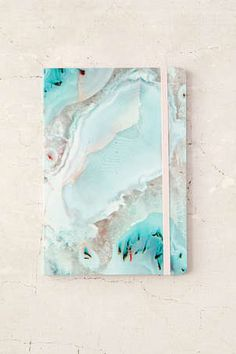 Agate Journal - Urban Outfitters