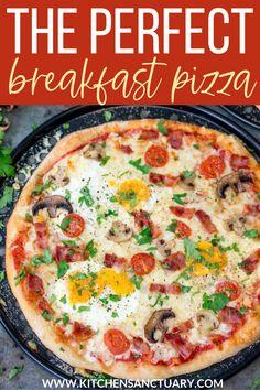 Breakfast Pizza, Savory Breakfast, Perfect Breakfast, Breakfast Casserole, Breakfast Ideas, Pizza Calzone Recipe, Pizza Recipes, Delicious Breakfast Recipes, Brunch Recipes