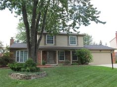 6792 Lee Crest, West Bloomfield MI