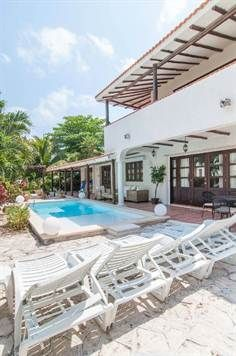 For sale: Luxury villa just steps from the beach in Playacar, Playa del Carmen