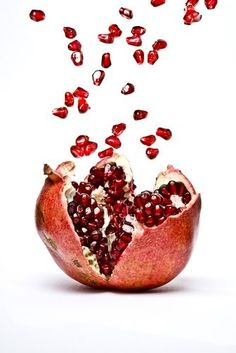 Exploding with flavour! Add some pomegranate to you life! #HealthyLiving
