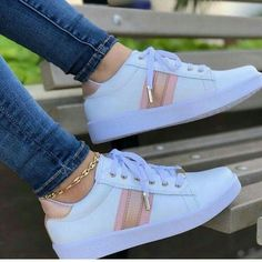 Cute Sneakers, Girls Sneakers, Girls Shoes, Shoes Sneakers, Shoes Women, Tennis Shoes Outfit, Casual Shoes, Fashion Boots, Sneakers Fashion