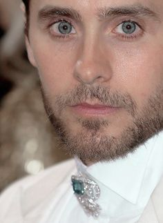 """"""" Jared Leto arrives for the 'Manus x Machina: Fashion In An Age Of Technology' Costume Institute Gala at Metropolitan Museum of Art on May 2016 in New York City. Beautiful Blue Eyes, Gorgeous Men, Beautiful Babies, Jared Lato, Margot Robbie Photoshoot, Thirty Seconds, 30 Seconds, Life On Mars, Shannon Leto"""