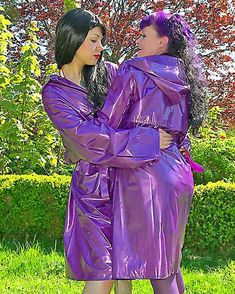 Lets share in admiration of our shiny PVC macs Vinyl Raincoat, Plastic Raincoat, Pvc Raincoat, Yellow Raincoat, Imper Pvc, Raincoat Outfit, Vinyl Clothing, Latex Babe, Leather