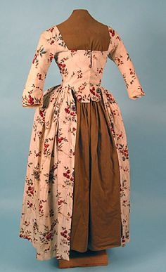 Linen Open Robe, 1760-1780 (This style came back somewhat in the 1950's. Had two similar lounge gowns in my costumes that were worn over matching tight pants.