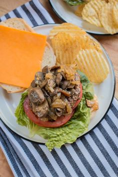 Slow Cooker Herbed Mushroom and Onions