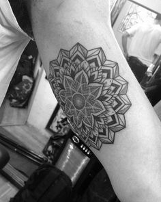 35 Amazing Arm Mandala Tattoo Designs (15)