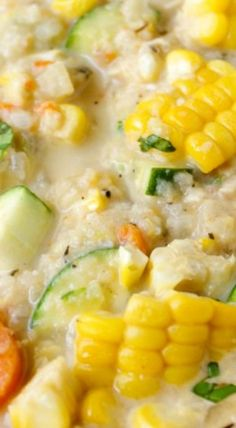 Healthy Corn Chowder- made with corn, zucchini, cauliflower, no cream or flour, and chicken this Healthy Corn and Zucchini Chowder is comforting sans guilt Chowder Soup, Chowder Recipes, Easy Soup Recipes, Crockpot Recipes, Great Recipes, Vegetarian Recipes, Dinner Recipes, Cooking Recipes, Vegetarian Corn Chowder