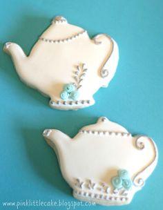 Pink Little Cake: Tea Pot Cookies-Using Luster Dust and Fondant Mini Roses