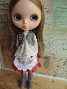 moshimoshistudio - idea for doll clothes.