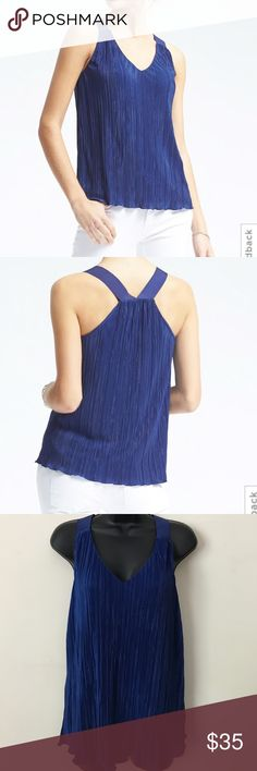 Banana Republic Micro-Pleat Vee Tank Banana Republic Micro-Pleat Vee Tank. Micro-appears and Grosgrain Straps. V-Neck. Sleeveless. Racerback Styling. Banana Republic Tops Tank Tops