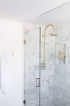 5 Tips for a Small Bathroom