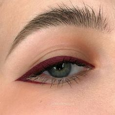Eye Makeup Art, No Eyeliner Makeup, Cute Makeup, Pretty Makeup, Skin Makeup, Beauty Makeup, Color Eyeliner, Blue Eyeliner, Angel Makeup