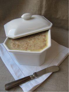 La cuisine d'ici et d'ISCA: Rillettes de porc Liver Pate Recipe, Pate Recipes, French Food, Bon Appetit, Entrees, Tapas, Buffet, Oatmeal, Good Food
