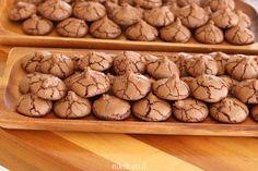 עוגיות שוקולד פרווה, מושלמות קלות והכי שוקולדיות שיש! תענוג של עוגיות נהדרות.