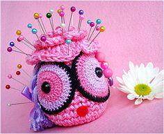 Such a cute #crochet pin cushion!