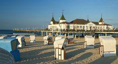 Das Wahrzeichen der Insel Usedom - die Seebrücke im Seebad Ahlbeck