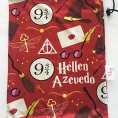 saquinho organizador Advent Calendar, Holiday Decor, Cover, Design, Home Decor, Art, Travel, Organizers, Sacks