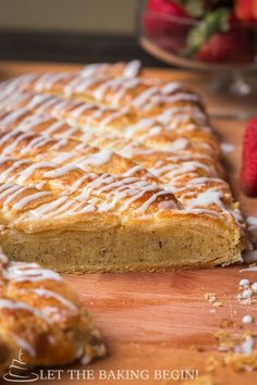 Almond Filled Puff Pastry Braid - Just like the Bear Claw, just much, much easie. - Almond Filled Puff Pastry Braid – Just like the Bear Claw, just much, much easier! by Let the Bak - Quick Dessert Recipes, Baking Recipes, Sweet Recipes, Puff Pastry Desserts, Puff Pastry Recipes, Bear Claw Recipe, Almond Pastry, Almond Cream, Breakfast Pastries