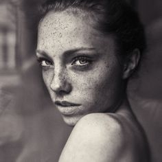 Women With Freckles Portrait Photography by Hannes Caspar Photography Women, Portrait Photography, Fashion Photography, L'art Du Portrait, Female Portrait, Black And White Portraits, Black And White Photography, Women With Freckles, Beautiful People