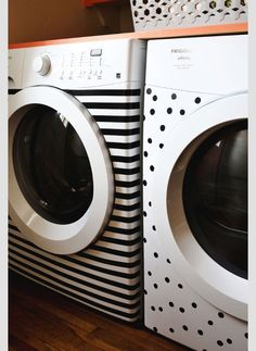 If my washer and dryer were in the house vs the little laundry room, I would so do this! Jazz up your washer and dryer with washi tape Cinta Washi, Electrical Tape, Ideas Geniales, Beautiful Mess, Deco Design, Home And Deco, Washer And Dryer, My Dream Home, Home Projects