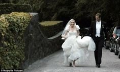 Loved this from Melancholia! Such a pretty dress... Wouldn't mind marrying Alexander Skarsgård either :)