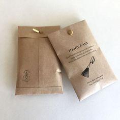 TOOL 割りピン付きポチ袋 [GARDENING] No.1 Dessert Packaging, Beverage Packaging, Box Packaging, Packaging Design, Branding Design, Paper Bag Design, Clothing Packaging, Diy Clothing, Label Design