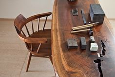scandinaviancollectors:  George Nakashima unique table and a chair. // www.the189.com