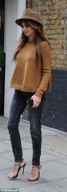 Cosy: She went for an early autumnal vibe...