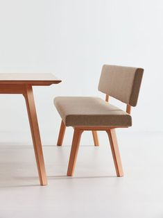 Tisch & Bank Mirato in Buche, Detail Dining Bench, Dining Chairs, Stool, Furniture, Detail, Apartment Ideas, Home Decor, Green Earth, Dining Table Bench