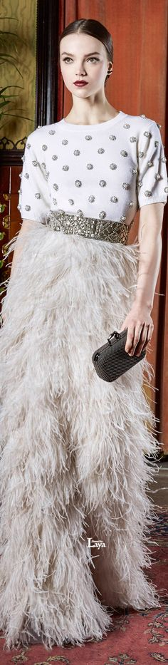 Swooning over this Alice + Olivia Fall 2015 Ready-to-Wear evening look. I have a few knee-length feathered skirts in my treasure trove from DKNY so I am planning to recreate this look for sure.  Xoxo, Jackie