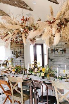 Well, the verdict is in! This vintage bohemian dinner party takes the cake for cutest of all time. With an upscale Southern feast, a wheat and burgundy floral chandelier and the most darling collection of mismatched chairs, you will not want to miss the b Dinner Party Decorations, Wedding Decorations, Table Decorations, Wedding Ideas, Dinner Parties, Vintage Bohemian, Bohemian Decor, Bohemian Cake, Living Room Chairs