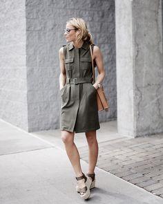 street style vestido acinturado verde militar