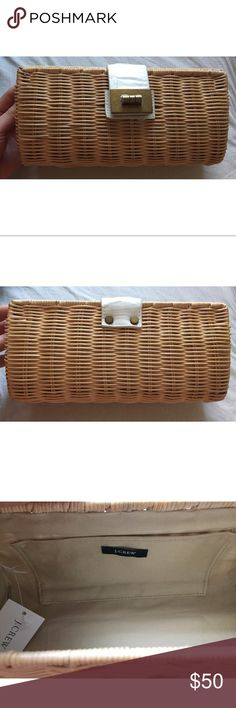 NWT JCREW WOODEN CLUTCH NWT JCREW wooden clutch. Is super cute and summery, with a a smooth and glossy finish. jcrew Bags