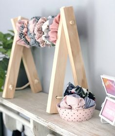 Signature Accessory Rack- headbands Scrunchies necklaces dolls clothes display &… Signature Accessory Rack- headbands Scrunchies necklaces dolls clothes display &… – Cute Braid Hairstyles For Kids – Scrunchies, Hair Clip Storage, Kids Braided Hairstyles, Braids For Kids, Diy Hair Accessories, Bow Hair Clips, Gifts For Girls, Ladder Decor, Easy Diy