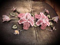İğne oyası pano çalışması/ point lace flowers to be fixed on the board