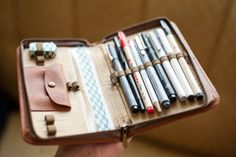 DIY Sketching kit - Reuse old day planner covers
